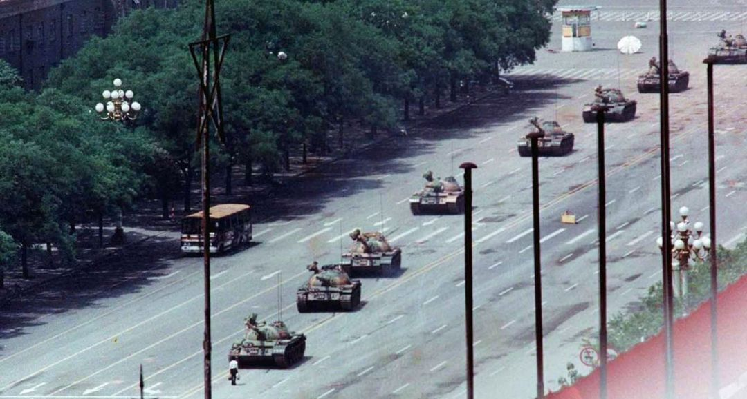 Tiananmen_Square_protests_1989 (36)